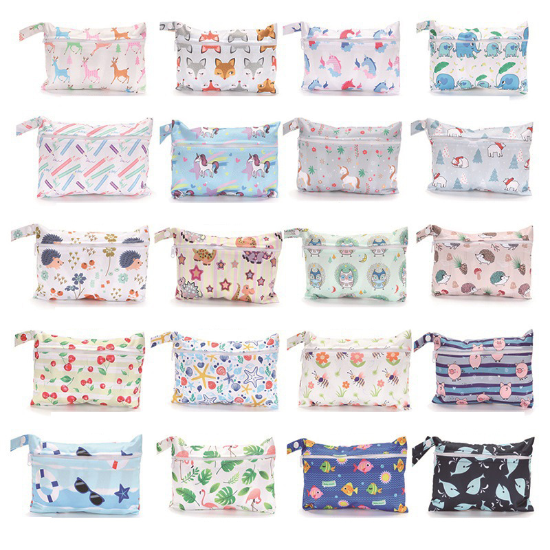 Reusable Wet Bag Mini Wetbag For Menstrual Nursing Pads Printed PUL Single Pocket Stroller Bags Maternity Diaper Bag 15*22.5cm