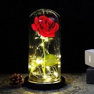 Image 1 - 2019 Schoonheid En Het Beest Rode Roos In Een Glazen Koepel Op Een Houten Basis Voor Valentijnsdag Geschenken