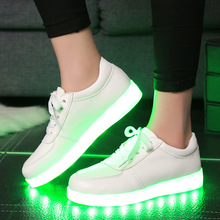 Luminous Casual Shallow Men Shoes Round Toe Colorful LED Chaussure Comfortable Non Slip Festival Gift Espadrilles