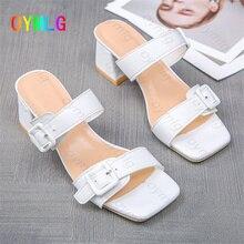 2021 été nouvelles sandales à talons épais mode mot boucle bout ouvert à talons épais grande taille 35-45 chaussures pour femmes maison pantoufles