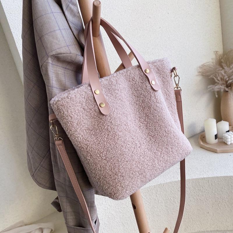 Designer Women Handbags Luxury Faux Fur Shoulder Crossbody Bags Ladies Casual Large Capacity Plush Totes Big Buckets Bags Purses