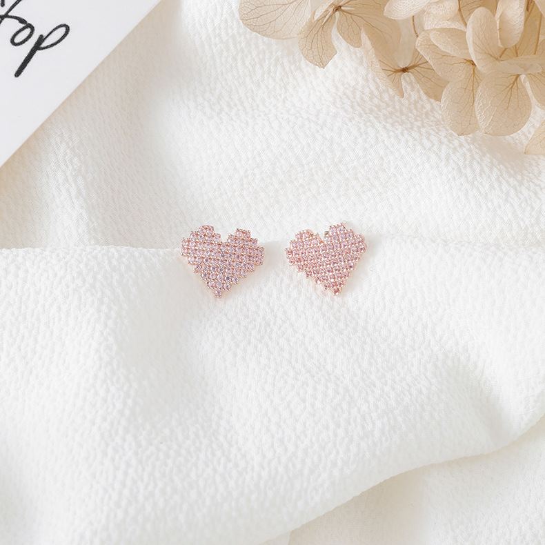 2020 New Classic Sweet Crystal Zircon Stud Earrings For Women Student Lovely Pink Hearts Fashion Jewelry party Gifts