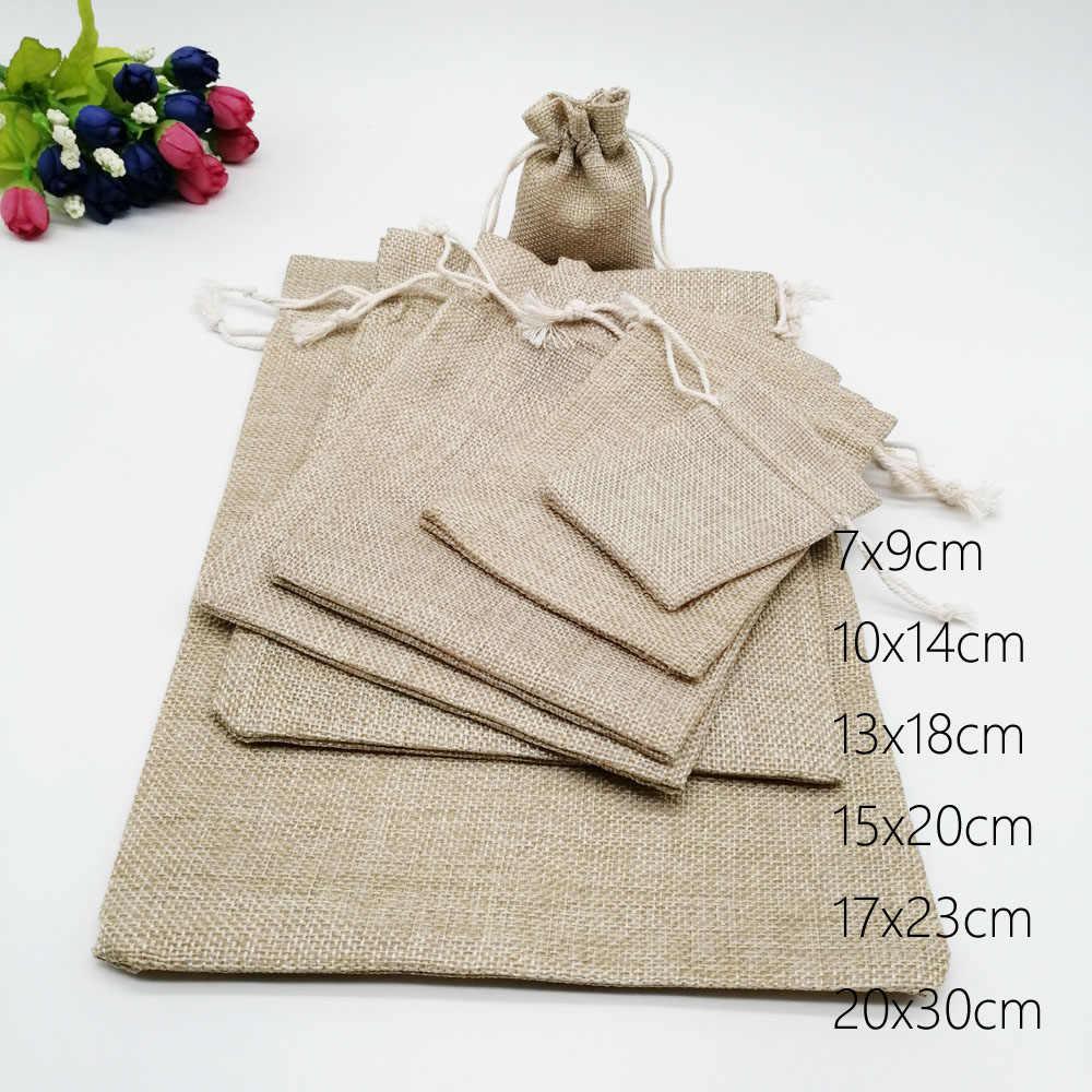 10pcs Juta Sacos de Presente Bolsa Com Cordão Sacos de Embalagem Caixa De Presente Para O Presente saco de Aniagem Sacos De Linho Casamento Jóias Display saco Diy