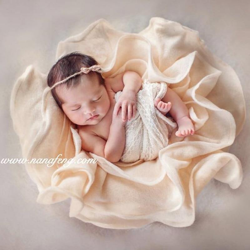 Baby Photography Props Blankets 56cm Petal Shape Elastic Flower Matting Flokati Newborn Photography Props Bebe Photo Accessoires