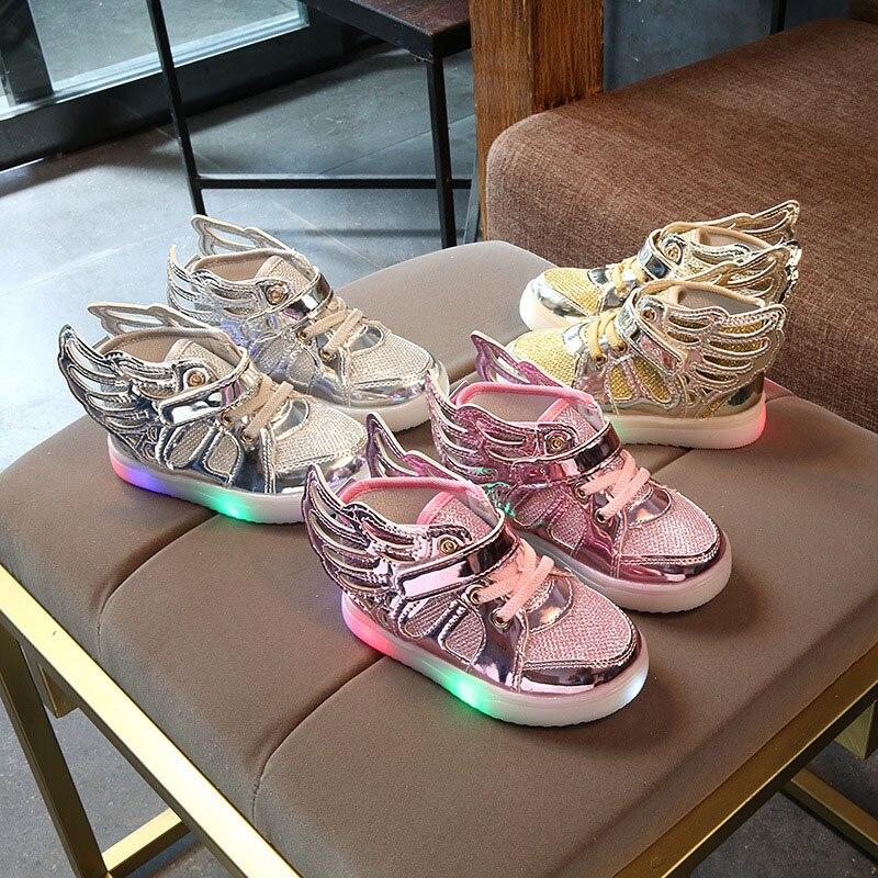 European Cartoon Wing Fashion Baby First Walkers Boots Hook&Loop Lovely Cute Baby Shoes All Seasons Glowing LED Baby Footwear