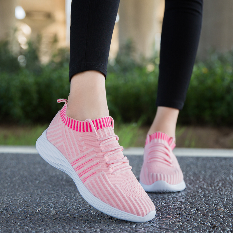 Women Knitted Sock Shoes Mesh Running Shoes Ultra Light Ladies Sneakers Jogging Fitness Elasticity Basket Trainer Femme Sneakers