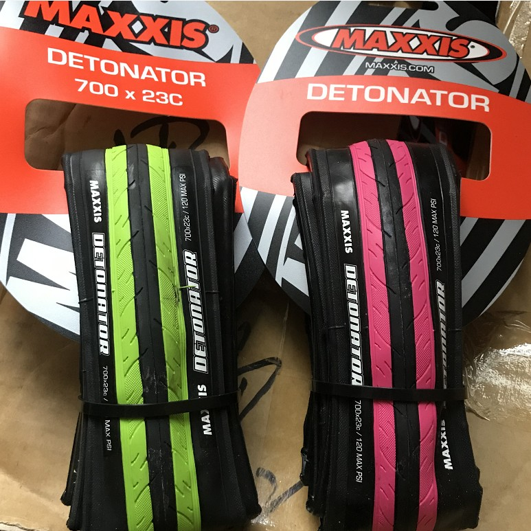"2 Maxxis Detonator 26 x 1.5/"" MTB Mountain Road Bike Clincher Tire Tyre Black"