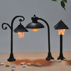 1PC Miniatures Road Light Model Micro Landscape Bonsai Ornament Resin Craft Street Lamp Figurine Streetlight Home Decor