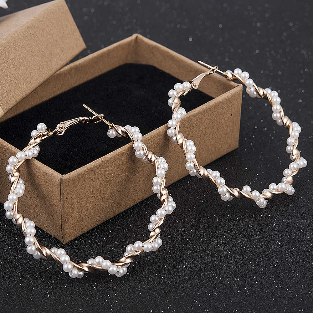 Trendy Elegant Created Big Round Simulated Pearl Long Earrings Pearls String Statement Drop Earrings For Wedding Party Gift