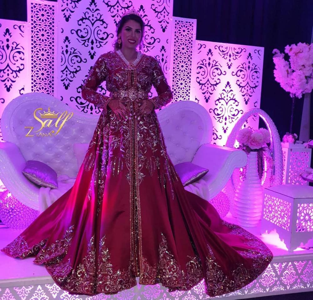Glitter Red Dubai Muslim Wedding Dresses Long Sleeve V Neck Beaded Wedding Party Gowns Bridal Satin,Maxi Dress For Wedding Guest Uk