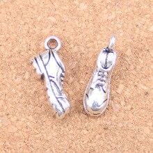 8 Uds. Encantos zapatos de fútbol 20x10x7mm colgantes antiguos, joyería de plata tibetana Vintage, DIY para collar de pulsera