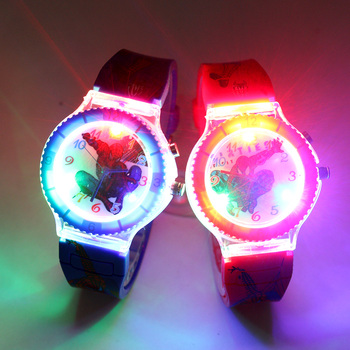 Colorful Flash Light Spiderman Kids Watches with music Boys  Children Watch Girls Kids Party Gift Clock Wrist relogio infantil цена 2017