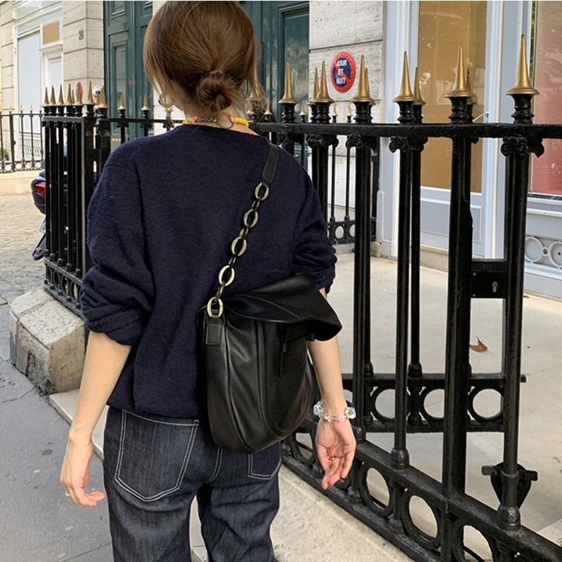 Niche Designer Fund Personality Chain Leisure Time Single Shoulder Bag Woman 2019 All match Cable Satchel Handbag in Shoulder Bags from Luggage Bags
