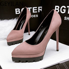 2020 New Shoes Woman...