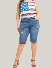купить Plus Size Skinny Jeans Women Fashion Casual Knee Length Denim Jeans Nature Waist Pencil Pants Washed Summer Mom Jean Femme Pants по цене 1455.03 рублей