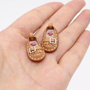 Image 2 - 革ダイカットdiyレザークラフトの靴デザインキーチェーンバッグ木製カッター切断金型テンプレートハンドパンチツール
