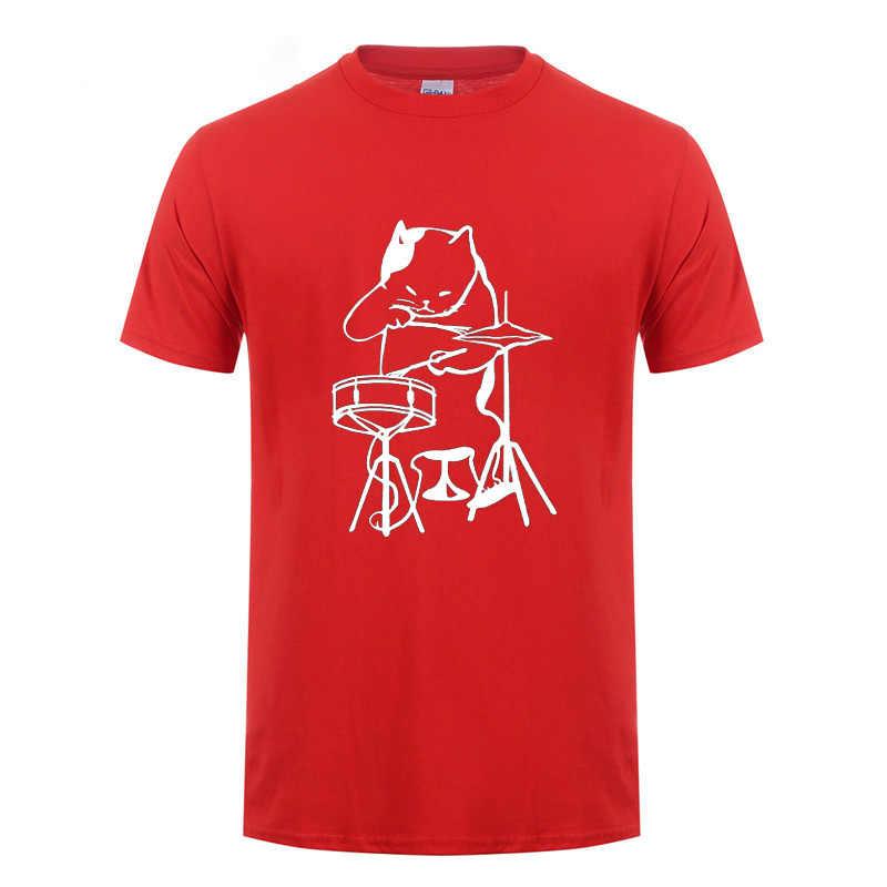 Il Musicista Gatto Che Gioca Tamburi T-Shirt Divertente Regali Di Compleanno Per Gli Uomini di Sesso Maschile Batterista Cat lover Fresco Cotone T Shirt Hip hop Tshirt