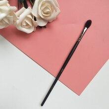 1pcs Exquisite medium eye shadow makeup brush Nasal shadow b