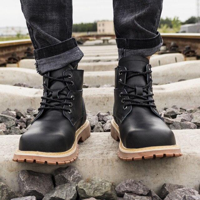 ブーツプラットフォームリベットの靴プラスサイズの男性が 2020 デザイナー鋼つま先キャップ保護作業靴ショートブーツ不滅