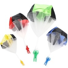 Christmas Gifts Toys Random Education Outdoor Toys Flying Parachute Movement Mini Soldiers Hand Parachute Fun Children's Toys(China)