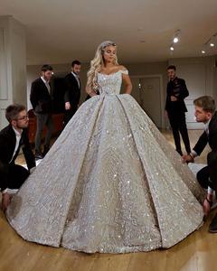 Image 2 - Robe De Mariee Luxury Full Beaded Ball Gown Wedding Dress in Dubai Scoop Neckline Off Shoulder Wedding Gowns with Court Train