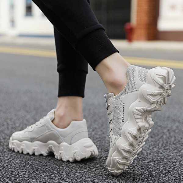 Leggero Popolari Scarpe di Moda 2020 di Vendita Calda Traspirante di Alta Qualità Mens Scarpe Da Ginnastica casual Antiscivolo Lace Up Nero Confortevole