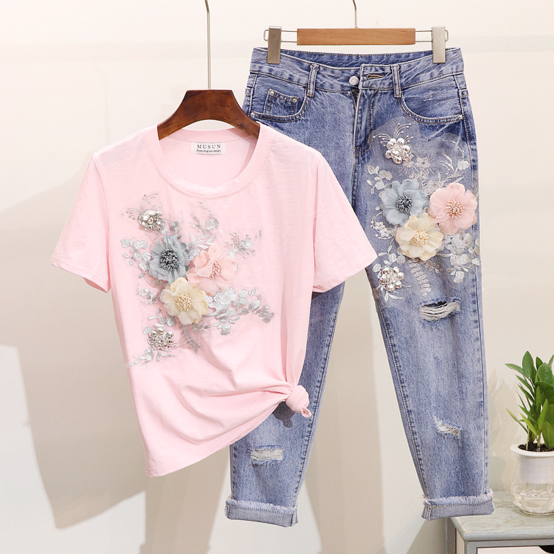 Floral Sets For Women 2020 Spring And Summer New Embroidered Stereo Flower Short Sleeve T-shirt + Holes Jeans Female Sets