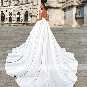 Image 2 - Zarif v yaka saten düğün elbisesi Swanskirt F101 kristal kemer Backless A Line mahkemesi tren prenses gelin kıyafeti Vestido de novia