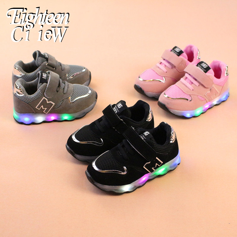 2019 New Luminous Sneakers Basket Led Children Lighting Shoes Boys Illuminated Krasovki Tenis Infantil Glowing Girls Sneakers
