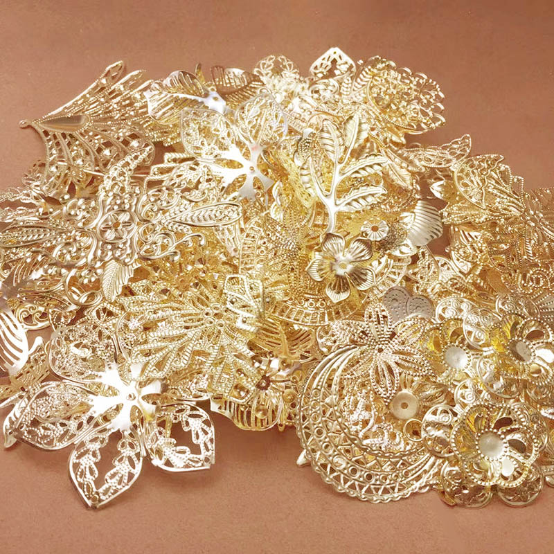50g/lot Mixed Metal Flower Filigree Wraps Connectors Iron Metal Crafts Gift Decoration DIY Gold Rhodium White K Wholesale Charms