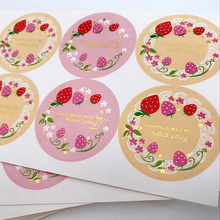 80pcs/lot Round Strawberry Multi Adhesive Paper Seal Sticker Fruit Decorative Sticky Gifts Package Label for Baking Products
