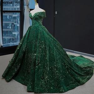 Image 1 - أحدث تصميم الأخضر قبالة الكتف حجم كبير فستان الزفاف 2020 بلا أكمام فاخر الدانتيل الترتر فستان زفاف BHM66742 كوتور