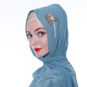 Image 2 - Женский шифоновый хиджаб ручной работы с цветами и кристаллами, шарфы, шаль, шарфы из Дубая, Малайзии, головные уборы, платок, простой шарф, шарфы с драгоценными камнями