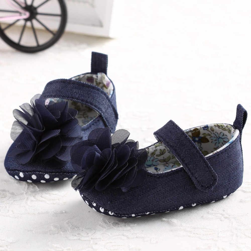 Klasik Yeni Yenidoğan Bebek Kız Yay Prenses Ayakkabı Yumuşak Sole Beşik Deri Katı kaymaz Düz Topuk Bebek Ayakkabı Mavi renkler