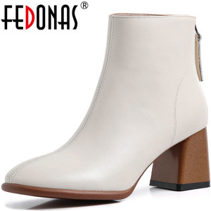Женские ботильоны из натуральной кожи FEDONAS, черные офисные туфли на высоком каблуке с квадратным носком, обувь на выпускной на зиму 2020