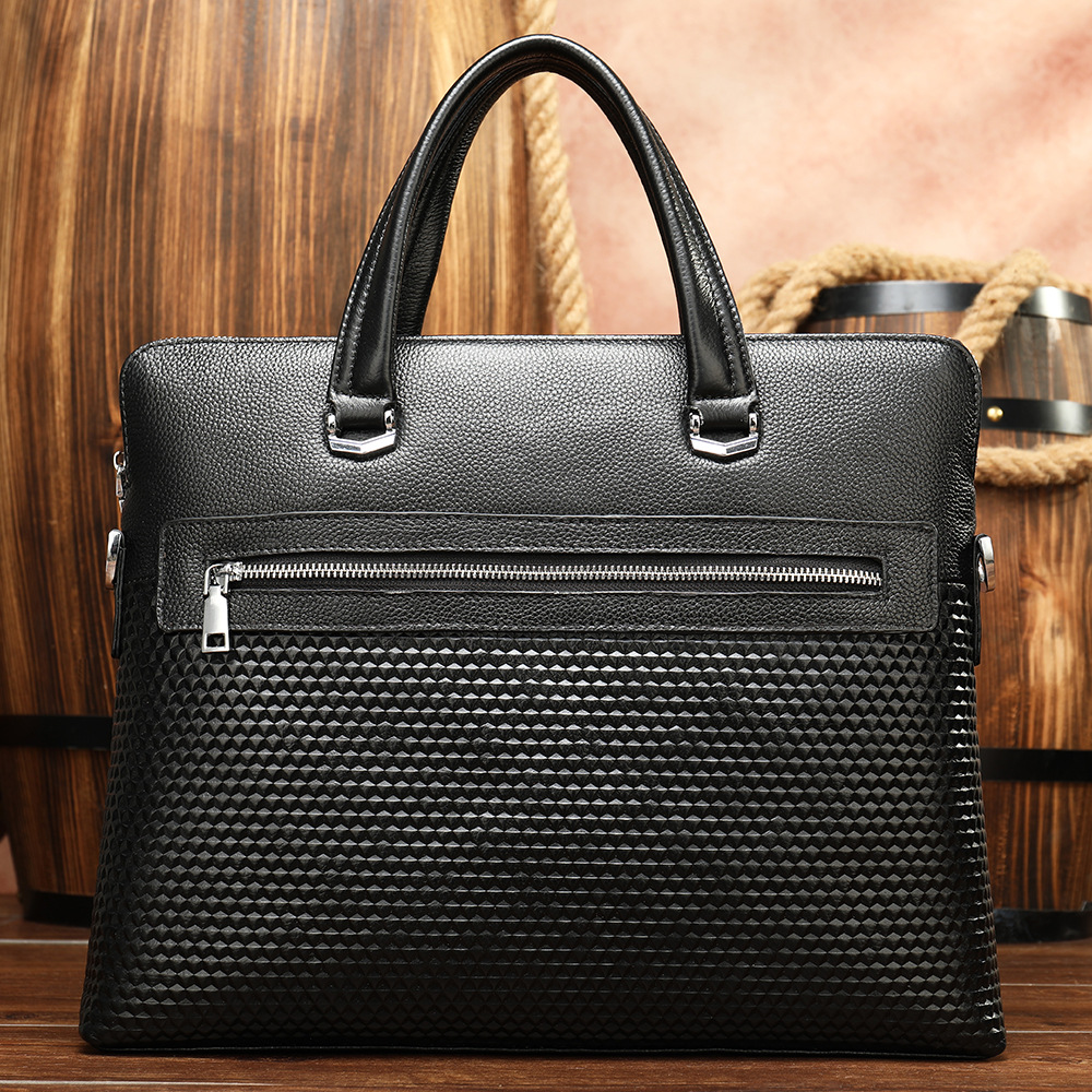 Luxury Vintage Designer Men Briefcases Cowhide Handbags Genuine Leather Mens Office Laptop Bag Leather Work Bag Bolsa Masculina