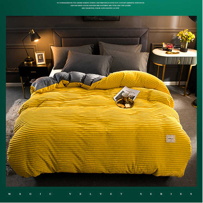 2019 New Winter Soft Warm Red Yellow Coral Velvet Quilt Bed Cover One Piece Flannel Thickening Warm Duvet Bedding Cover