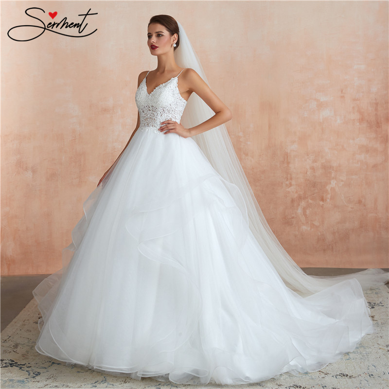SERMENT Luxury Lace Wedding Dress Suitable For Beach Garden Church Wedding Spaghetti Straps Lace Up V-neck Free Custom Made