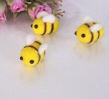New 5pcs DIY Wool Felt Handmade Animal Cute Bee Decorations  Balls Wholesale Craft for Kids Sewing Toys