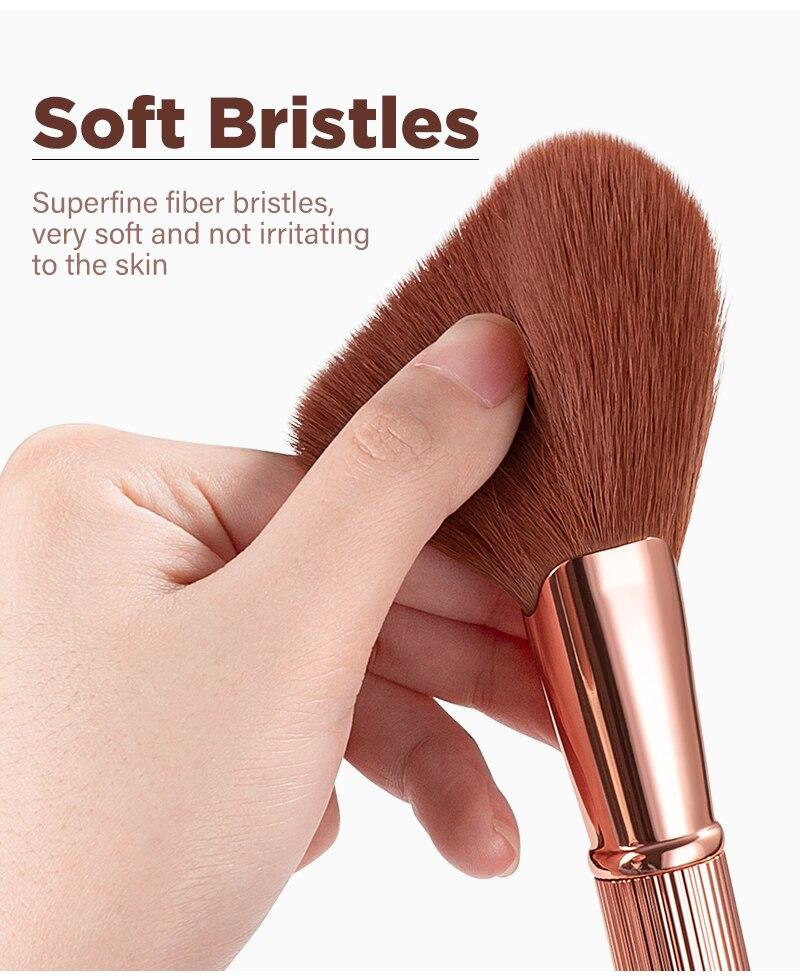 makeup brushes 04
