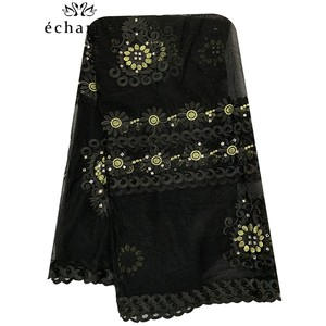 Image 5 - 2020 Nieuwe Afrikaanse Vrouwen Sjaal Moslim Borduren Netto Sjaal Hijab Sjaal Big Size Sjaal Voor Sjaals BM956