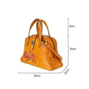 Image 5 - Johnature Handmade ลายนูนกระเป๋าถือหรูผู้หญิงกระเป๋า 2019 ใหม่ของแท้หนัง Hobos Retro ดอกไม้ไหล่กระเป๋า Crossbody