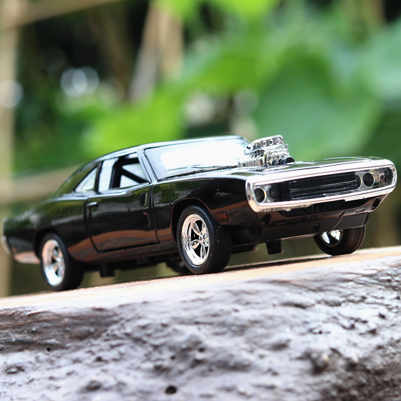 1:32 The Fast And The Furious Dodge Charger Ice Breaker Chevrolet Camaro Alloy Car Toy Diecast Hot Weels Kids Toys Boy Birthday