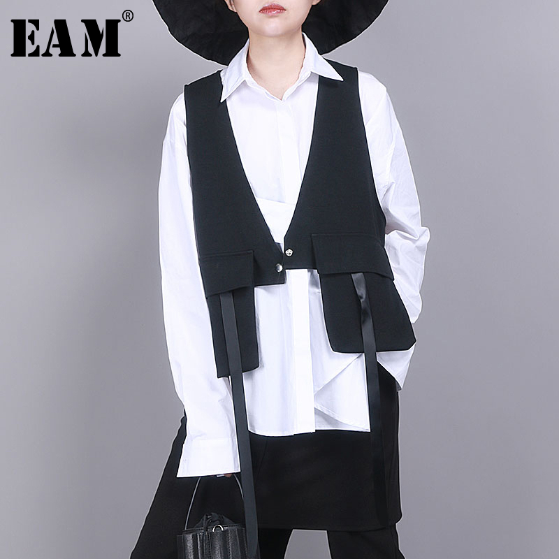 [EAM] Women Black Asymmetrical Split Joint Loose Fit Vest New V-collar Sleeveless   Fashion Tide Spring Autumn 2020 1R854