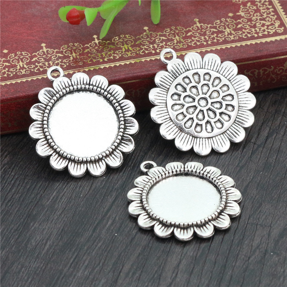 4pcs 20mm Inner Size Antique Silver Plated Classic Style Cabochon Base Setting Charms Pendant (D2-40)