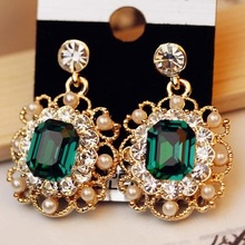 New Rhinestone Earrings European and American Court Temperament Square
