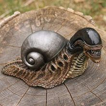 Creative Alien Snail Statue Variant Figure Statues Model Resin Doll Collection Birthday Gifts Garden Home Yard Garden Decoration
