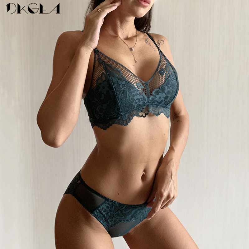 New Top Green Bra Panties Set Embroidery Lingerie Lace Brassiere Wire Free Plus Size Women Underwear Sets Sexy Bras Thin Cotton