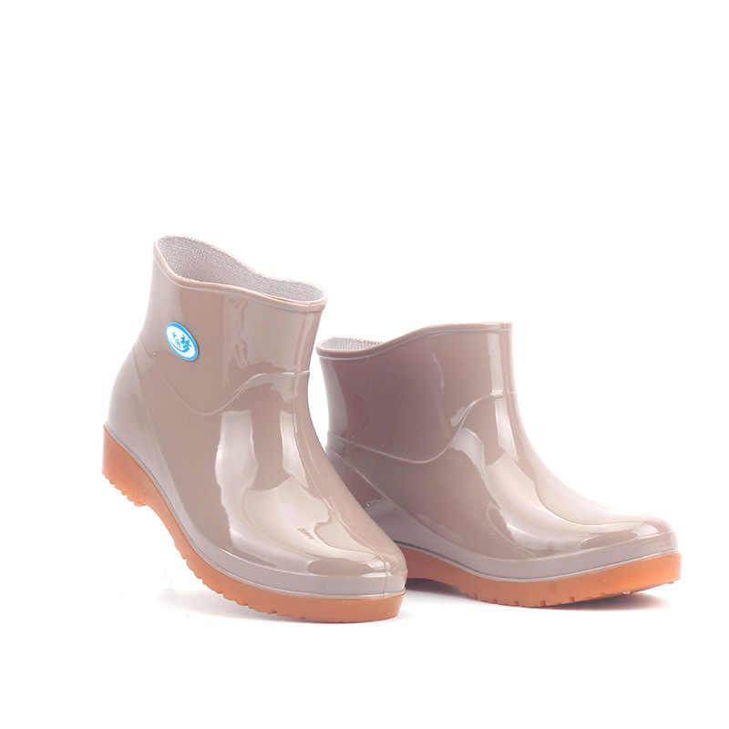 Nuevas Botas de lluvia de ocio para mujeres zapatos de punta redonda de tacón bajo impermeables de tubo medio Botas de lluvia chaissures femmes 239