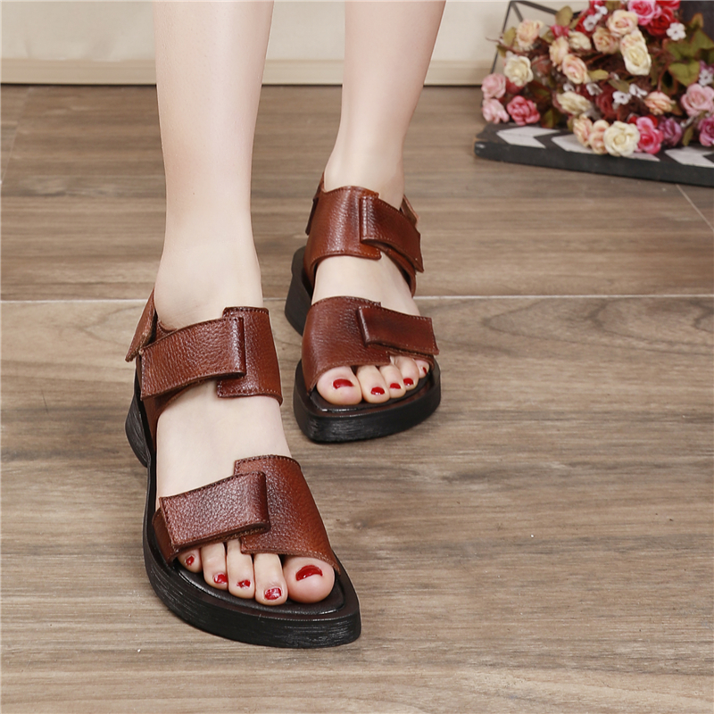 Women Leather Sandals Low Heels Chunky Summer Shoes For Women Soft Genuine Leather Beach Sandals Casual Shoes Women Brand 2020